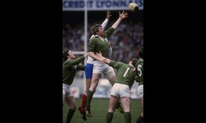 Moss Keane jumps in the lineout at Parc des Princes in 1980.